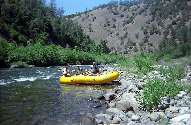 15-yellow_oar_boat_ig_adj