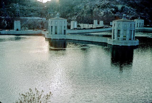 19-back_of_Hoover_Dam