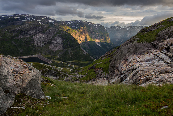 Motorcycle ride in the valley - Norway