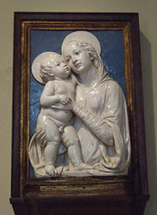 Virgin and Child by the Workshop of Andrea della Robbia in the Philadelphia Museum of Art, August 2009