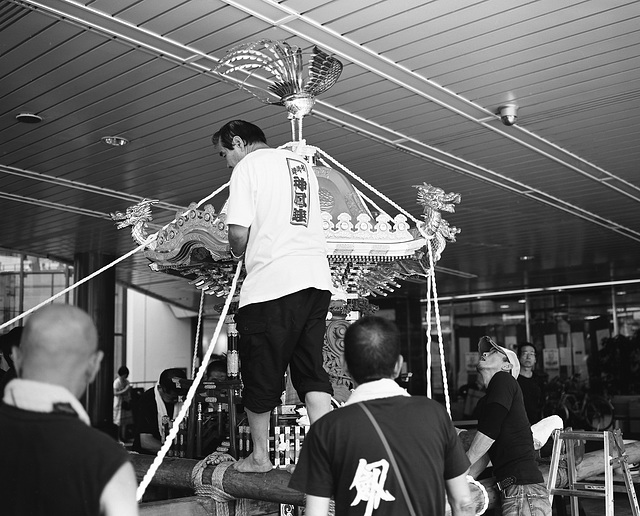 Preparing the mikoshi for the festival