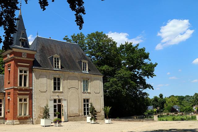 Château du Poutyl à Olivet