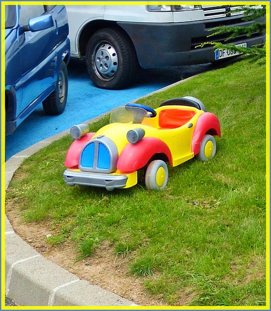 J'ai jamais de problème pour me garer / I never have of problem to park