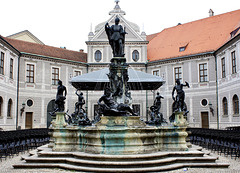 Wittelsbacher-Brunnen