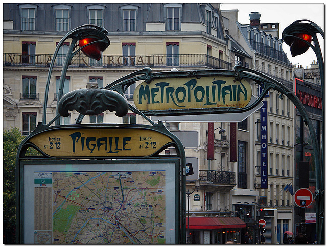 Metro Pigalle