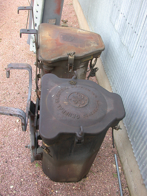 Old GE cans