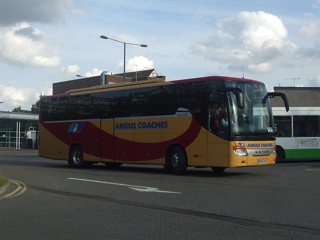 DSCF5594 Angus Coaches BU06 CUO