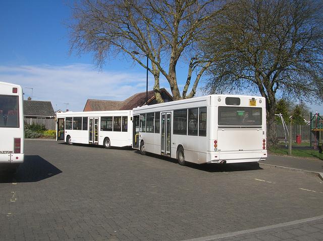 DSCN5514 Burtons Coaches KU52 YKK and KU52 YKH