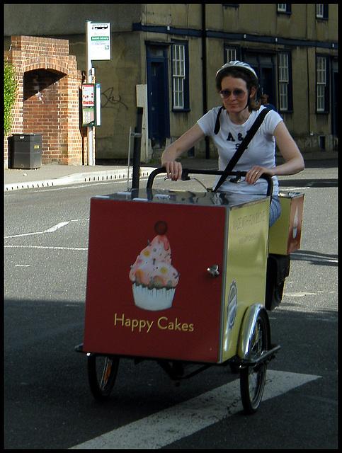 Happy Cakes biker