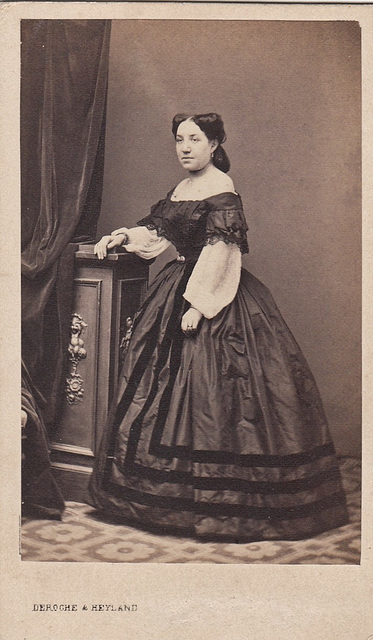 Annetta Casaloni by Deroche & Heyland