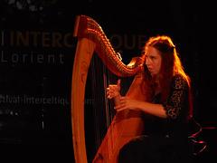 Cécile Corbel et sa harpe,
