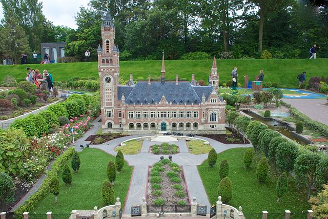 Palais de la Paix à Den Haag ( Le faux à Hollande miniature)