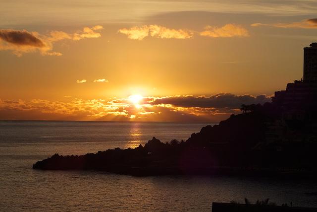 Funchal. Sonnenuntergang im Atlantik.  ©UdoSm