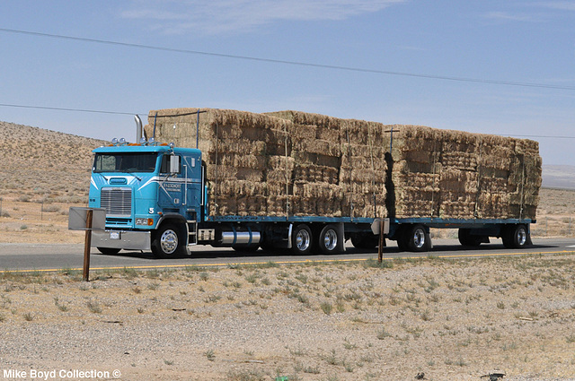 f&j schott trucking frtlnr flb hay hauler straight trk combo ca sr58 boron ca 06'14