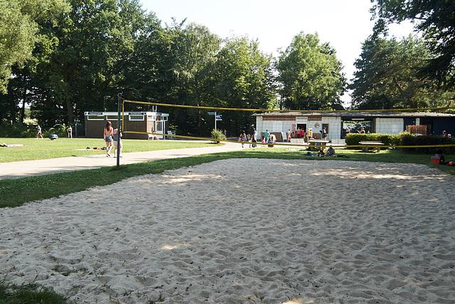 freibad-1190198-co-19-07-14