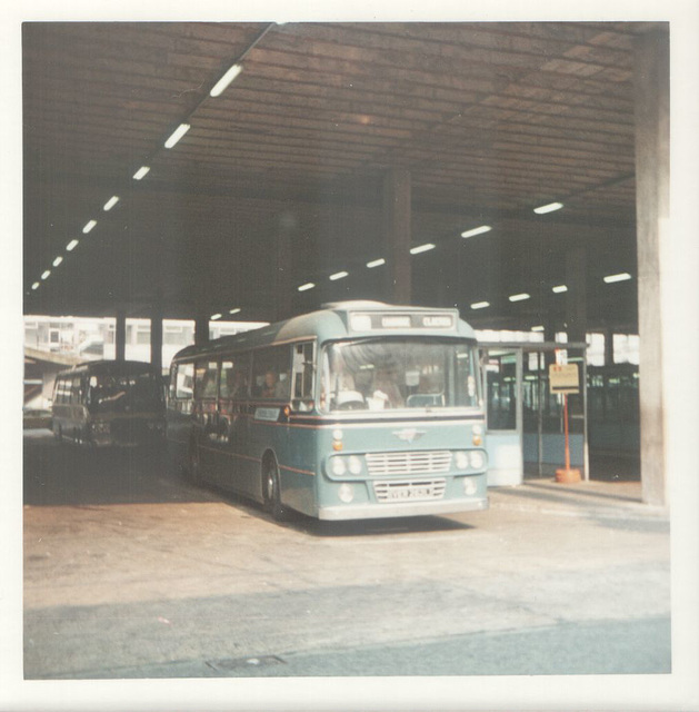 232/01 Premier Travel Services VER 262L in Manchester - Aug 1973