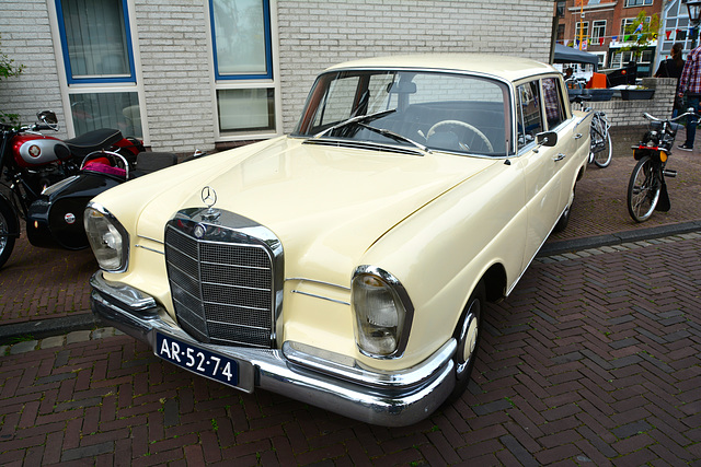 1965 Mercedes-Benz 220 Sb