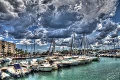 Saint-Raphaël: Ciel menaçant sur le port. 01