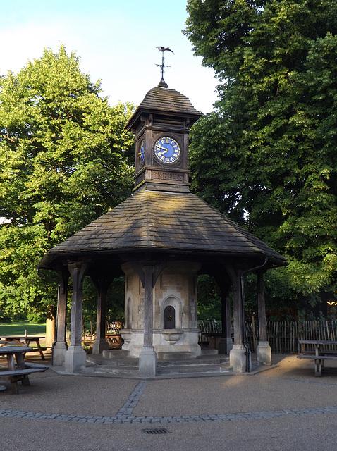 Time Flies Clock in Kensington Gardens, May 2014