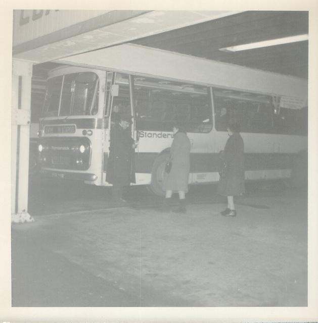 Standerwick 941S (FCK 941F) in Rochdale - Nov 1971