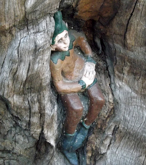 Detail of The Elfin Oak in Kensington Gardens, May 2014