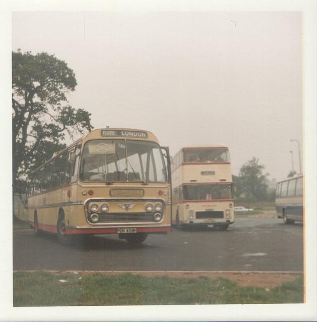 Yelloway PDK 458H and Standerwick VRL Oct 1973