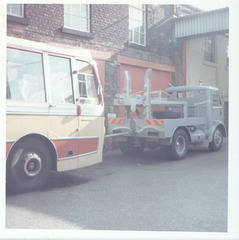 Yelloway tow truck - Oct 1972