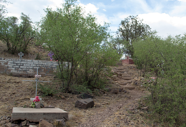 Coronado NF Harshaw cemetery (2201)