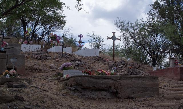 Coronado NF Harshaw cemetery (2208)