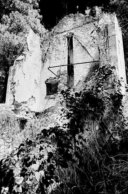 St Efimia Kefalonia Derelict GR mono