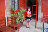 Maria ..charmante serveuse en costume traditionnel à Cusco