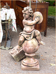 On a retrouvé la statue de Juju ! ! !