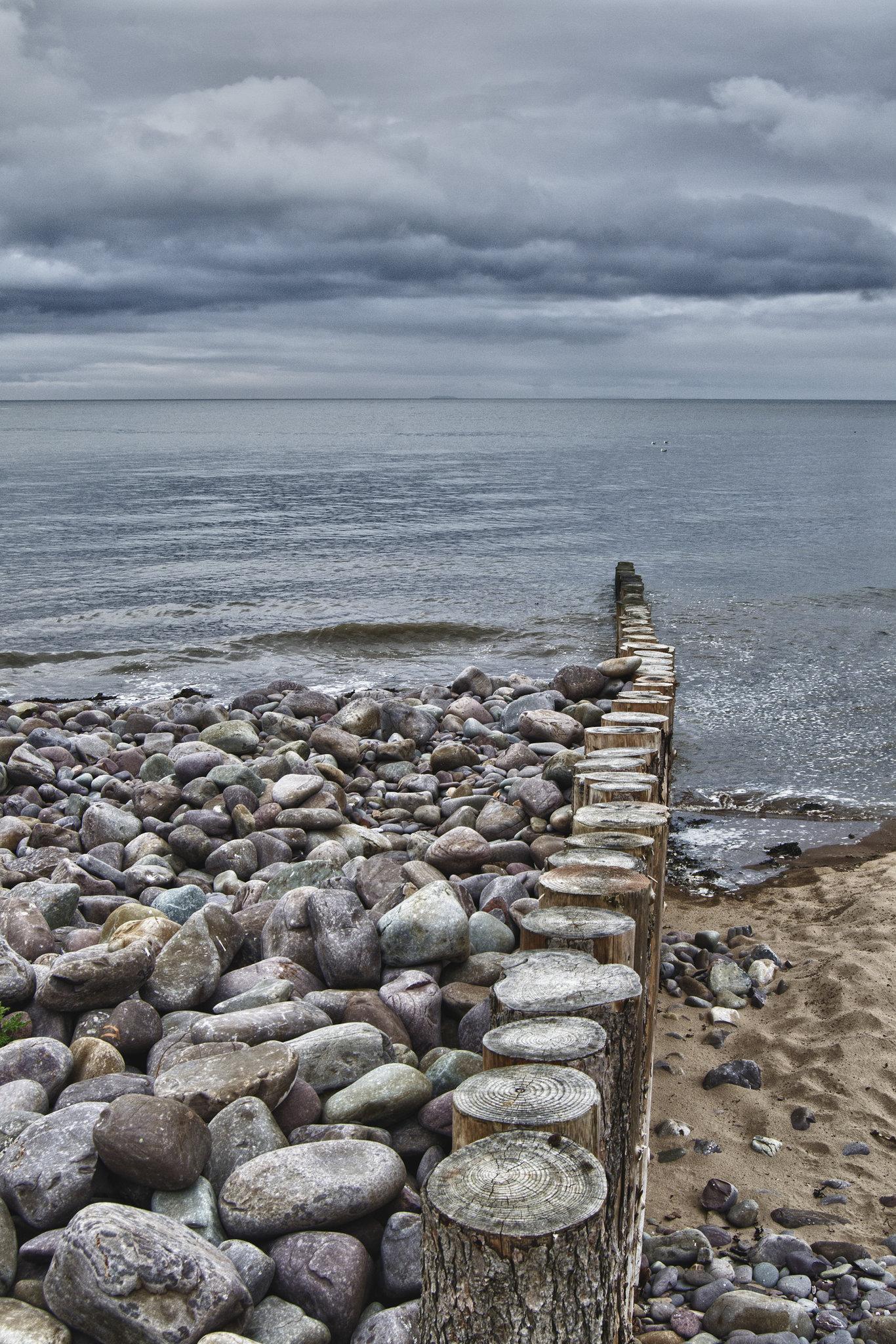 Groyne and rocks on Dunster beach