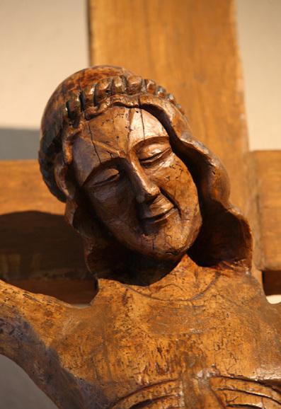 Christ souriant sur la Croix (rare)