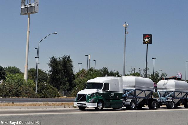 earnest trucking volvo vnl630 slpr ex od hopper dbls ca sr99 tulare ca 07'14