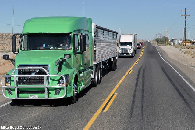 h&m trucking volvo vnl730 grain trailer ca sr58 hinkley ca 07'14