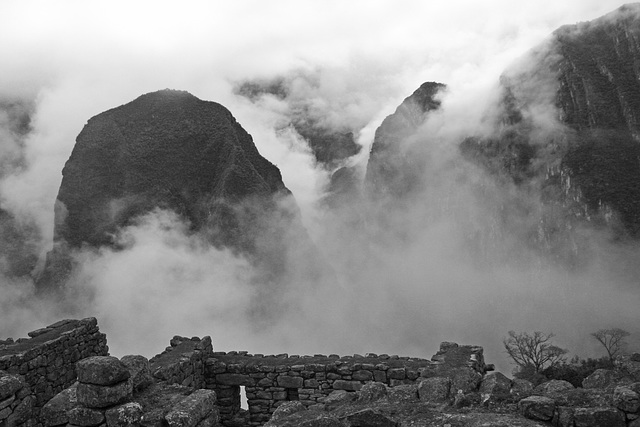 Ruins in the clouds (Explored)