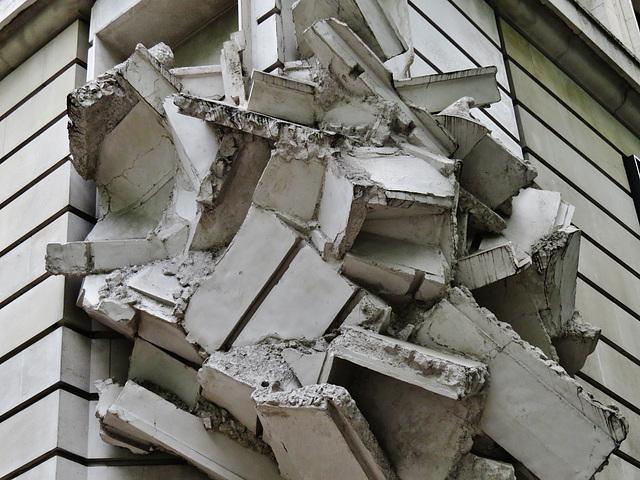 rubble on kingsway ?