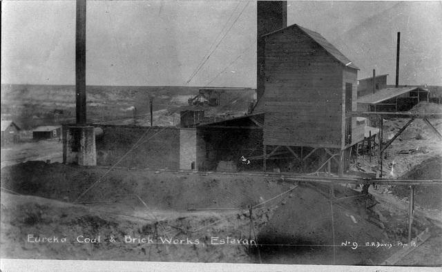 3976. Eureka Coal & Brick Works, Estevan