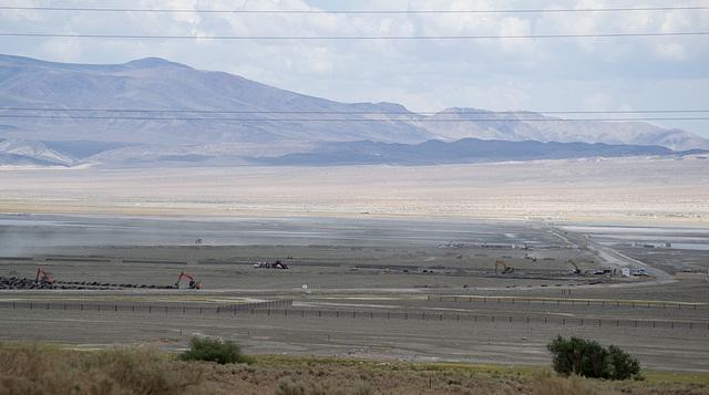 Owens Lake mitigation (0386)