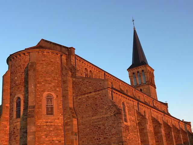 Eglise de Montmelard en Saône et Loire