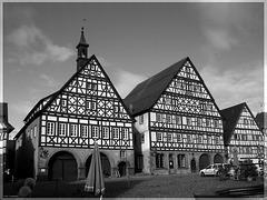 Dornstetten - Marktplatz mit Rathaus und Gasthaus Ochsen