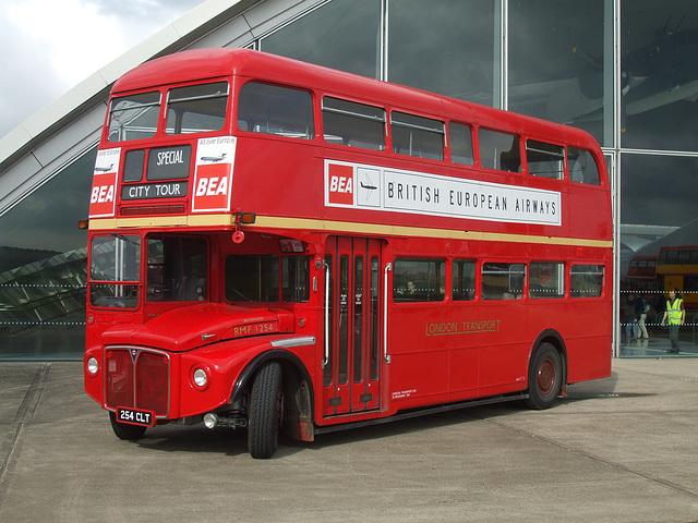 DSCF6032 London Transport 254 CLT