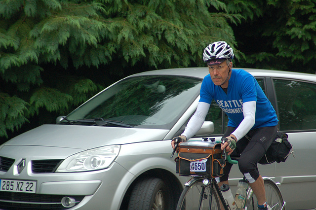Alan Woods Arriving in Carhaix at 703km on way to Paris. Not smiling now. Evening, 3rd day, August 23.