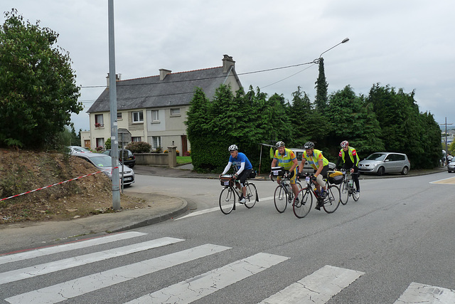 Alan arriving Carhaix on way back to Paris.  Evening of 3rd day, August 23.