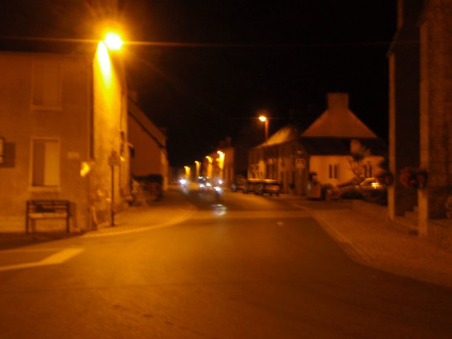 Plumieux at night