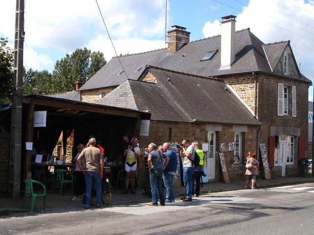 La Tanniére crepes for riders during afternoon of August 24