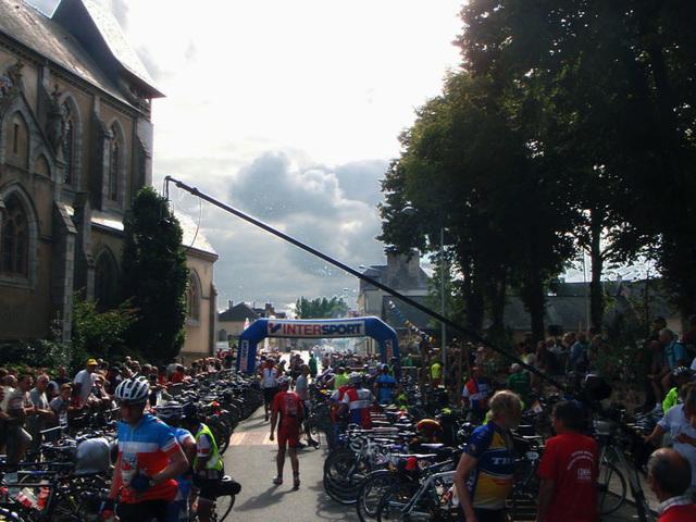 Lots of bikes parked at Villanes La Juhel control