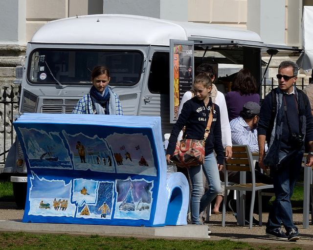 Bookbench sculptures: Frozen in Time