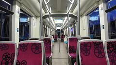 BESANCON: 2014.08.31 Inauguration du Tram: Intérieur d'un tram.01